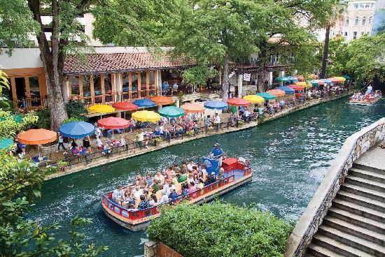 Top 10 Texas Summer Hotspots  texas summer hotspots Top 10 Texas Summer Hotspots san antonio visitor bureau