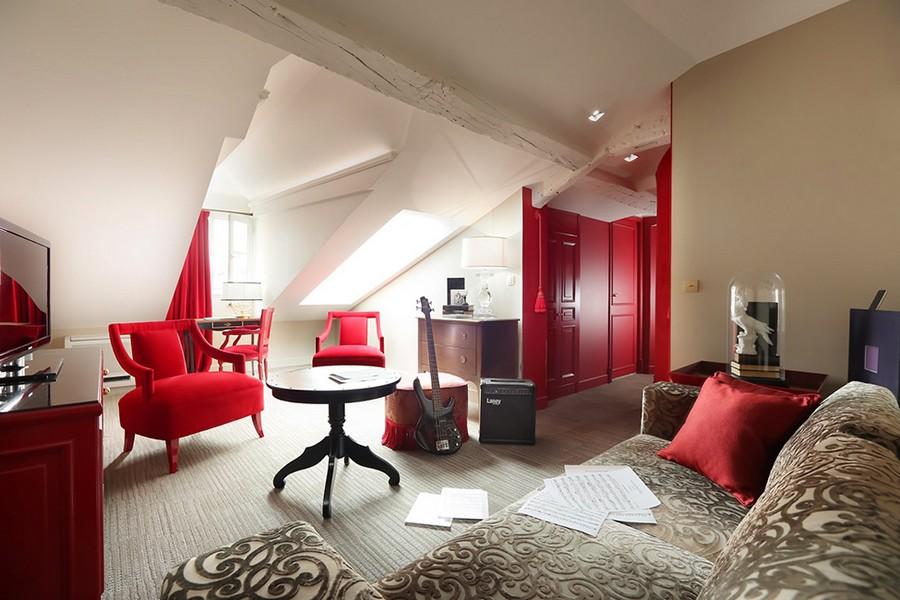 hotel-Hotel-La-Maison-Favart-16  Luxury Hotel Interiors with an 18th Century Twist hotel Hotel La Maison Favart 16