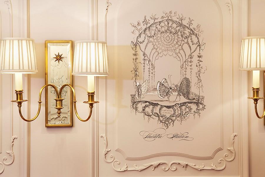 hotel-Hotel-La-Maison-Favart-6  Luxury Hotel Interiors with an 18th Century Twist hotel Hotel La Maison Favart 6