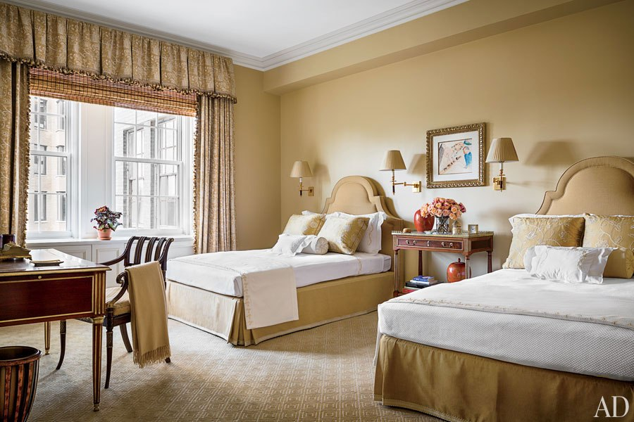 item13.rendition.slideshowWideHorizontal.alexa-hampton-14-manhattan-renovation-guest-room-after  THE PIERRE HOTEL: ALEXA HAMPTON RENOVATES A LUXURY APARTMENT  item13
