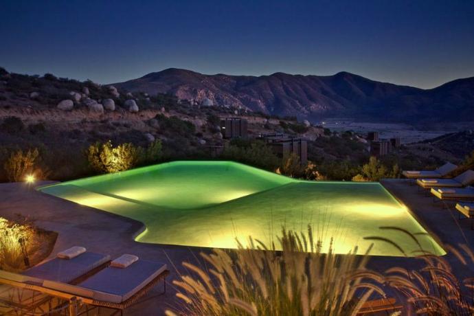 Hotel_Endemico_Baja_California_infinity_pool  Hotel Endémico by Jose Garcia Hotel Endemico Baja California infinity pool