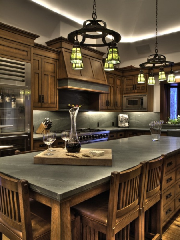 BRUCE WILLIS RUSTIC KITCHEN  Top 5 Celebrity Kitchen Designs You Don't Want to Loose bruce willis