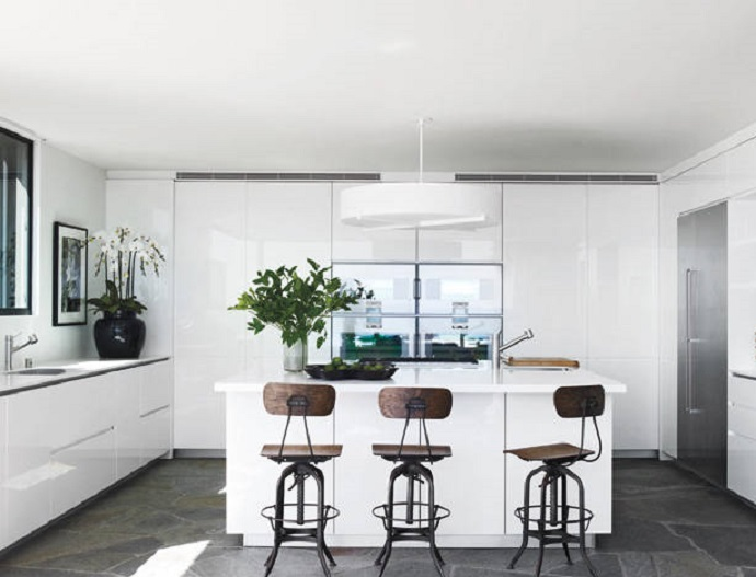 COURTENEY COX'S KITCHEN  Top 5 Celebrity Kitchen Designs You Don't Want to Loose court cox