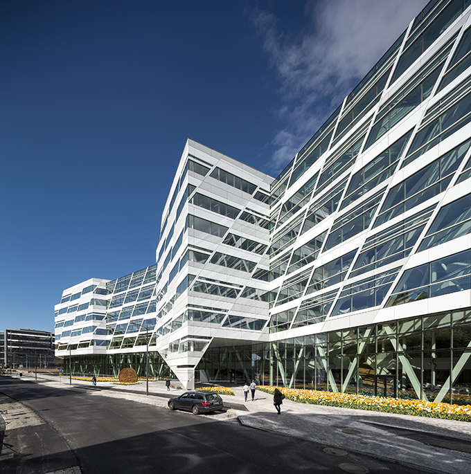 swedbank top building2  One of The Best Buildings Unveiled in 2014 swedbank top building2