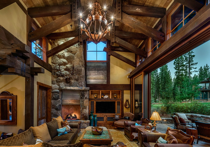 incredible-texas-mansion-in-the-woods-8