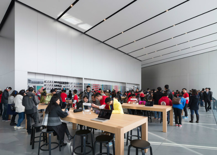 New-Apple-Store-in-China-by-Foster + Partners-6  New Apple Store in China by Foster + Partners New Apple Store in China by Foster Partners 6