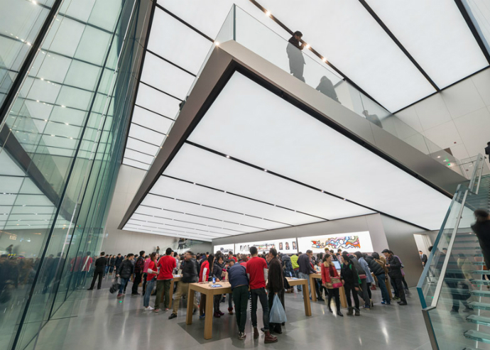 New-Apple-Store-in-China-by-Foster + Partners-9  New Apple Store in China by Foster + Partners New Apple Store in China by Foster Partners 9