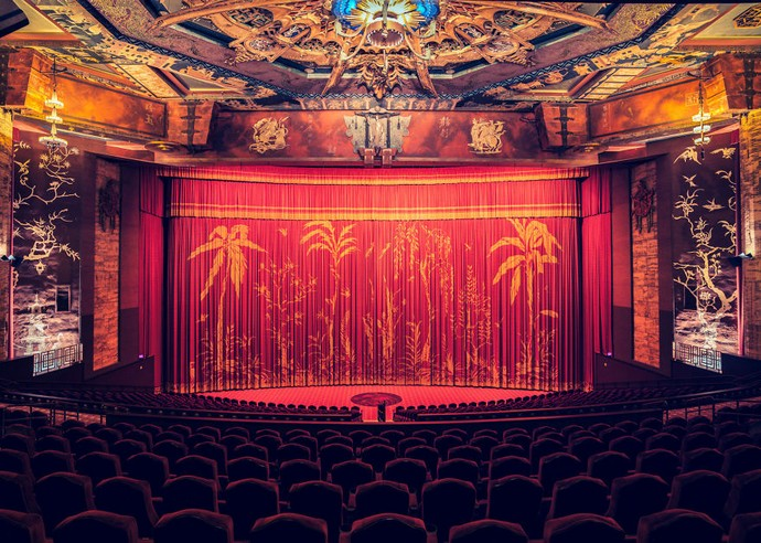 Top-25-Cinemas-Design-Around-The-World-20  Top 25 Cinemas Design Around the World Top 25 Cinemas Design Around The World 20
