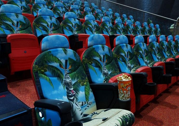 Top-25-Cinemas-Design-Around-The-World  Top 25 Cinemas Design Around the World cinemas interior cinema citi santa coloma  880