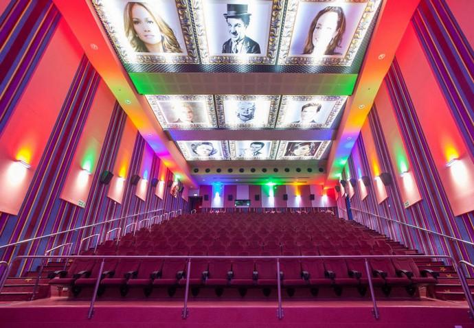 Top-25-Cinemas-Design-Around-The-World  Top 25 Cinemas Design Around the World cinemas interior cinema city jerusalem  880