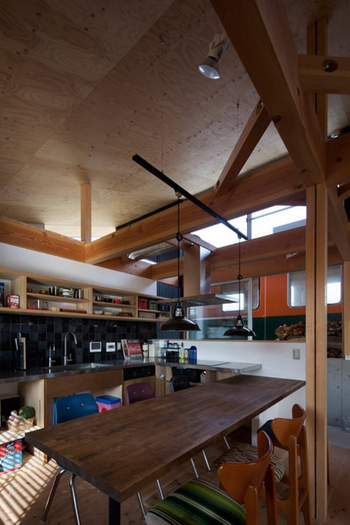 Incredible Home Built Around a Train Carriage 2